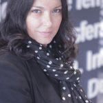 Os lilases perfumaram a infância da Fernanda Freitas