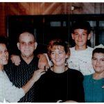 Pepe Cardinali com 2 das as 3 filhas do casamento anterior, e com os filhos que teve com a Anita