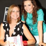 Vanessa Oliveira com a Melânia Gomes