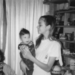 Vanessa quase adolescente, com a mana Matilde
