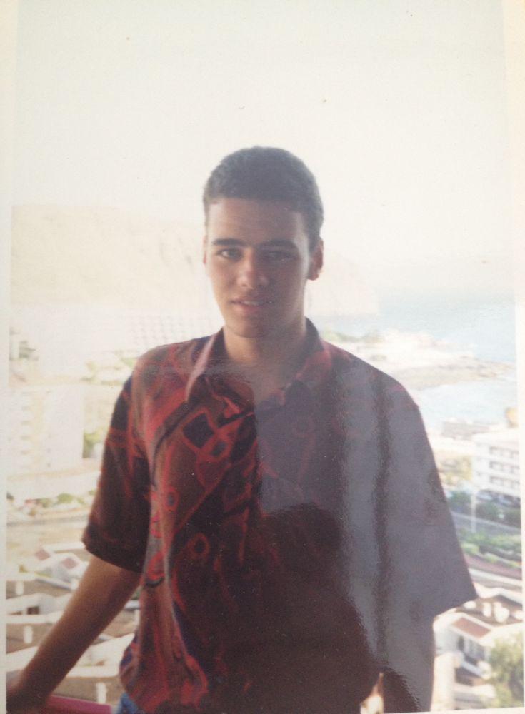 Primeira viagem para fora de Portugal sem a família, tinha 16 anos. Viagem às Canárias