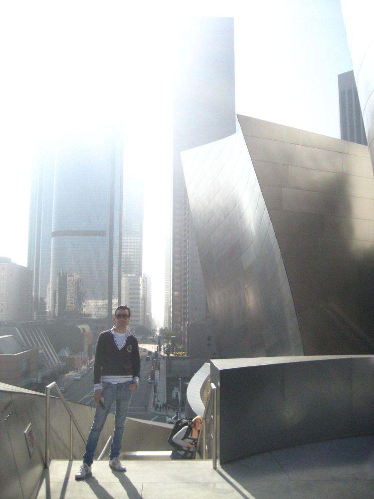 O bichinho das viagens ficou, por isso é uma das coisas que mais gosto de fazer. Foto tirada em 2008 em Los Angeles