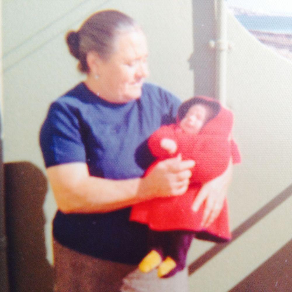 Foto com a avó Sara, mãe da mãe