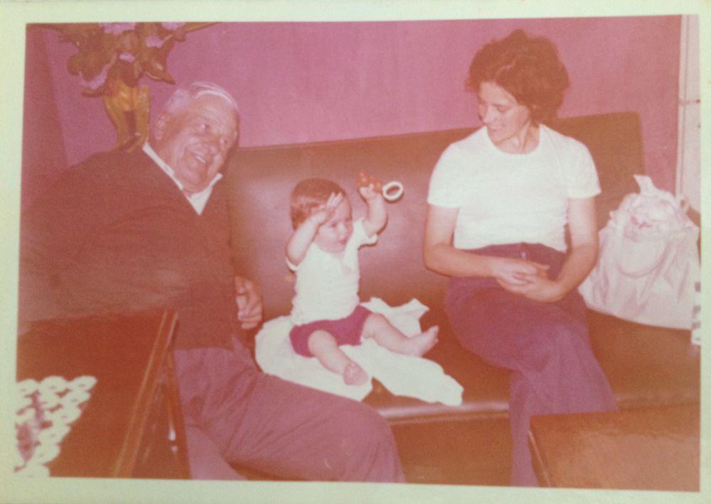 Foto com avô Francisco, pai do pai