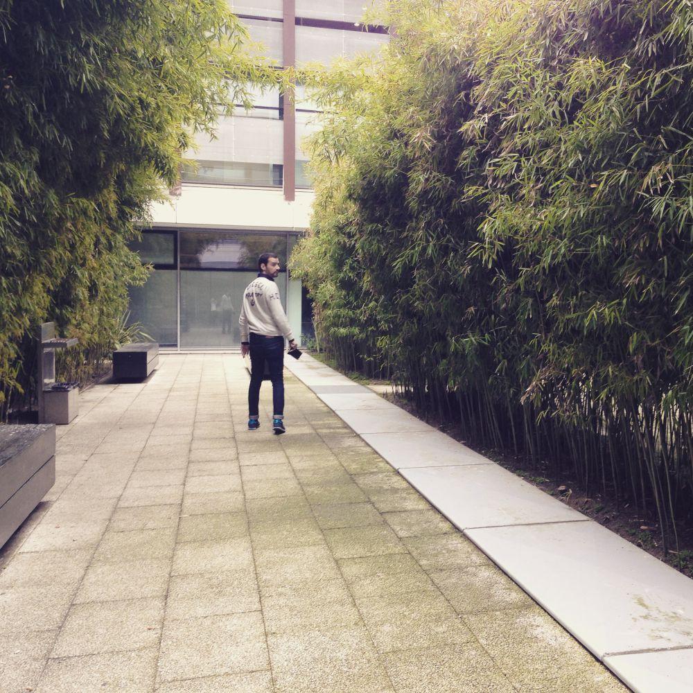 """""""Foto tirada edifício Vodafone, Prémio Valmor. Fui convidado para conhecer os interiores do edifício e posso dizer-vos que adorei a experiência"""""""