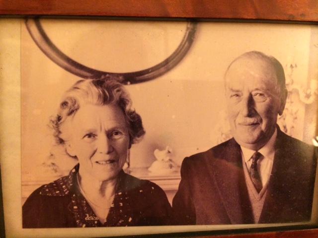 7 - Aileen and John, Avô e Avó maternos